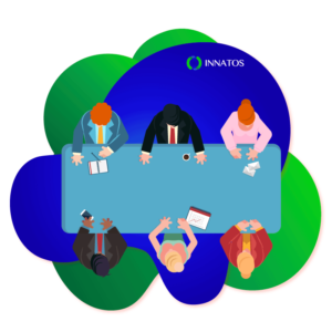 Innatos - people talking in a table