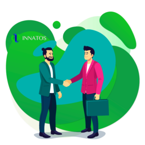 Innatos - ¿Cómo CRM Social ayuda en tu Estrategia de Marketing? - dos personas sacudiendo sus manos